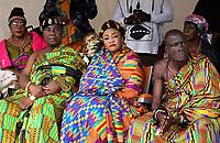 Nederland  Amsterdam. September 2018.    Dance With Royals - Kente Fugu Festival op het Anton de Komplein in de Bijlmer. Dansfestival met veel Afrikaanse dansen. Hoogwaardigheidsbekleders uit Ghana bekijken de show.   Foto mag niet in negatieve context gepubliceerd worden. Foto Berlinda van Dam / Hollandse Hoogte
