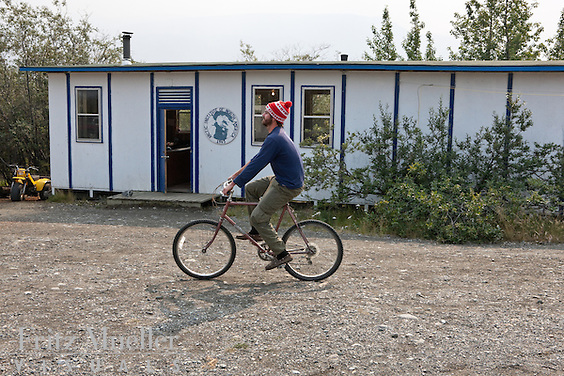 The daily life of researchers at Kluane Lake Research Station, Yukon