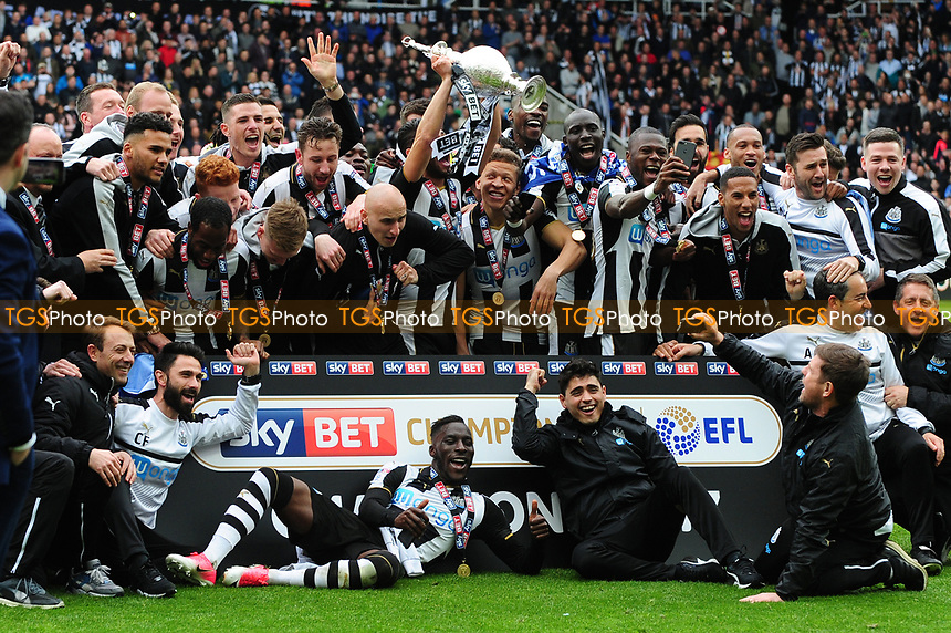 Newcastle United players celebrate with the Championship Trophy during Newcastle United vs Barnsley, Sky Bet EFL Championship Football at St. James' Park on 7th May 2017