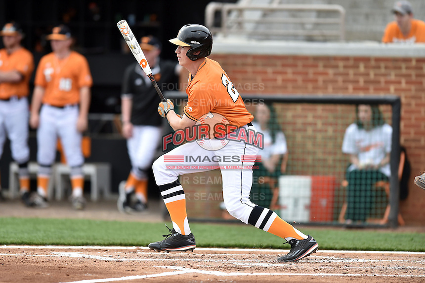 Tennessee Volunteers designated hitter Andrew Lee (24) swings at a pitch during a game against the Georgia Bulldogs at Lindsey Nelson Stadium March 21, 2015 in Knoxville, Tennessee. The Bulldogs defeated the Volunteers 12-7. (Tony Farlow/Four Seam Images)
