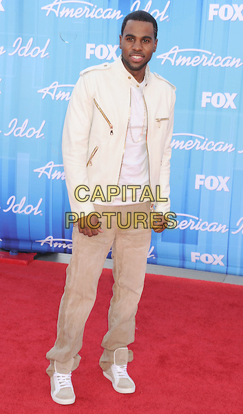 Jason Derulo.American Idol Season 11 Finale - Arrivals held at Nokia Theatre LA Live, Los Angeles, California, USA..May 23rd, 2012.full length beige jeans denim white top leather jacket.CAP/ROT/TM.©Tony Michaels/Roth Stock/Capital Pictures
