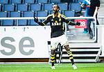 Solna 2015-04-26 Fotboll Allsvenskan AIK - &Ouml;rebro SK :  <br /> AIK:s Henok Goitom firar sitt 2-0 m&aring;l under matchen mellan AIK och &Ouml;rebro SK <br /> (Foto: Kenta J&ouml;nsson) Nyckelord:  AIK Gnaget Friends Arena Allsvenskan &Ouml;rebro &Ouml;SK jubel gl&auml;dje lycka glad happy