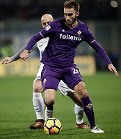 Calcio, Serie A: Fiorentina - Inter, stadio Artemio Franchi Firenze 5 gennaio 2018.<br /> Fiorentina's German Pezzella in action during the Italian Serie A football match between Fiorentina and Inter Milan at Florence's Artemio Franchi stadium, January 5 2018.<br /> UPDATE IMAGES PRESS/Isabella Bonotto
