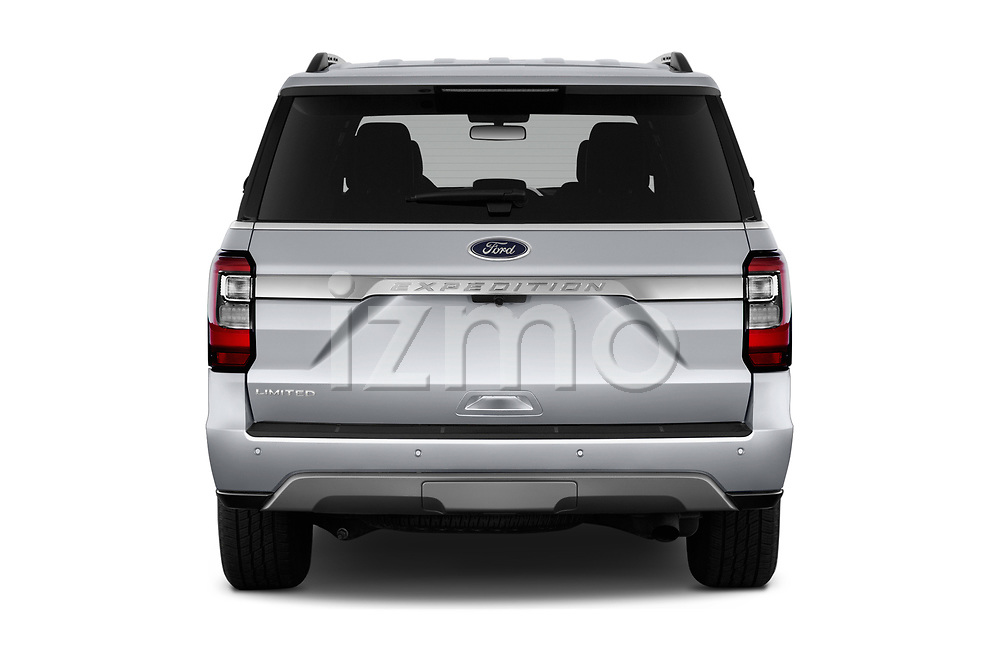 Straight rear view of a 2019 Ford Expedition Limited 5 Door SUV stock images