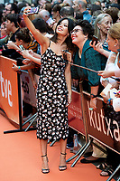 Actress Anna Castillo taking a selfie with a fan during orange carpet of 'Estoy Vivo' during FestVal in Vitoria, Spain. September 04, 2018. (ALTERPHOTOS/Borja B.Hojas) /NortePhoto.com NORTEPHOTOMEXICO