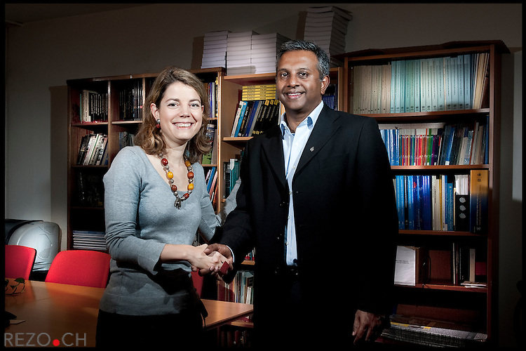 Manon Schick, nouvelle directrice generale de la Section suisse d'Amnesty International. Salil Shetty secretaire general d'Amnesty International. Geneve, janvier 2011 © Fred Merz / Rezo.ch
