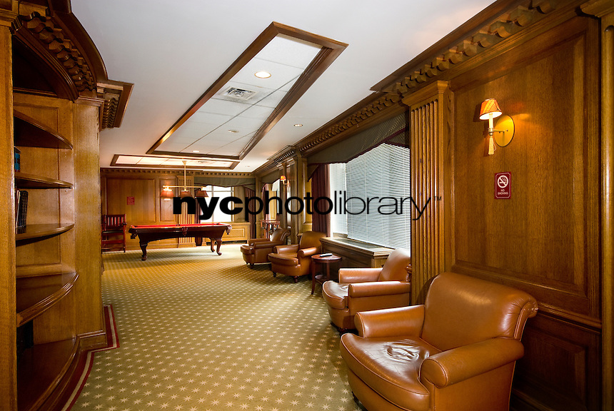 Lounge at 45 Wall St