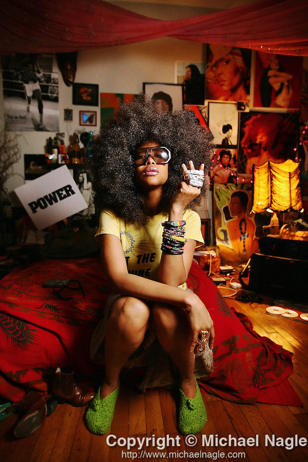 BROOKLYN - FEBRUARY 13, 2008:  Singer Erykah Badu poses for a portrait in her Brooklyn apartment on February 13, 2008.  (PHOTOGRAPH BY MICHAEL NAGLE)