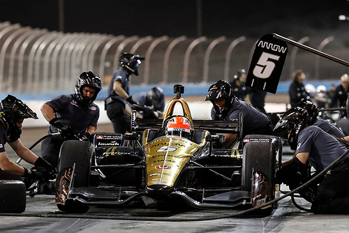 2018 IndyCar Phoenix testing<br /> Phoenix Raceway, Avondale, Arizona, USA<br /> Saturday 10 February 2018<br /> James Hinchcliffe, Schmidt Peterson Motorsports Honda, pit stop<br /> World Copyright: Michael L. Levitt<br /> LAT Images<br /> ref: Digital Image _01I9134