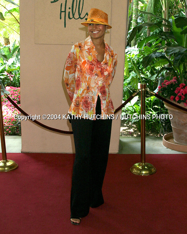 "©2004 KATHY HUTCHINS /HUTCHINS PHOTO.""TEA AT HIGH NOON"" BENEFITING.VICTORIA ROWELL'S CHARITY FOR FOSTER KIDS.BEVERLY HILLS, CA.MAY 16, 2004..SALLI RICHARDSON"