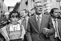 - Arnaldo Forlani, Festa Nazionale dell'Amicizia della DC (Democrazia Cristiana) a Trento (Agosto 1981)<br /> <br /> - Arnaldo Forlani, National Festival of Friendship of the DC (Christian Democrats) in Trento (August 1981)