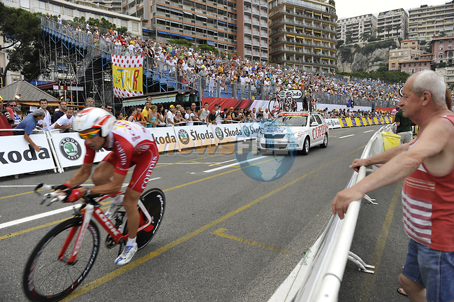 Cofidis team rider David Moncoutie (FRA) passes beneath the packed grandstands on his way to the finish line the Prologue Stage 1 of the 2009 Tour de France a 15.5km individual time trial held around Monaco. 4th July 2009 (Photo by Eoin Clarke/NEWSFILE)