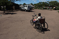 Lázaro Januario Wenz is 19 years old and lives in Nhamatanda, Sofala province, Mozambique. He has been disabled since birth. Handicap International provided him a 3-months craft business training and a starter kit. He lives with his older brother and sister in law. Handicap International during a mornitoring visit at his place.