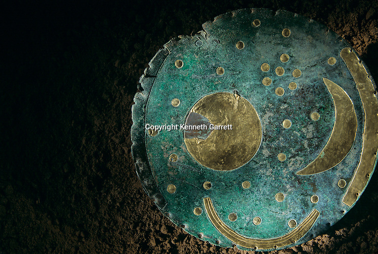 Detail of sky disk, depicts night sky, possible agricultural calendar, buried on Mittelberg Hill, near Nebra, Sky Disk; Bronze Age; Ancient Cultures; Germany