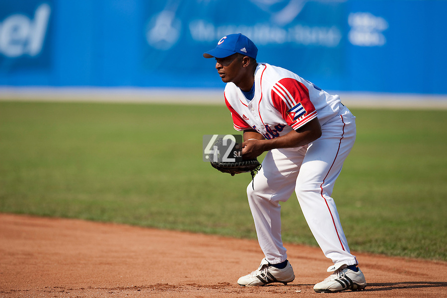 27 September 2009: First base Ariel Borrero of Cuba is seen on defense during the 2009 Baseball World Cup gold medal game won 10-5 by Team USA over Cuba, in Nettuno, Italy.