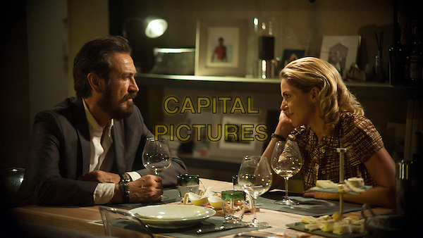 Marco Giallini, Claudia Gerini<br /> in Tutta colpa di Freud (2014) <br /> *Filmstill - Editorial Use Only*<br /> CAP/NFS<br /> Image supplied by Capital Pictures