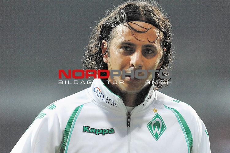 UEFA CUP 2008/2009<br /> Viertelfinale 1/4 Weserstadion 09.04.2009<br /> Werder Bremen (GER) - Udinese Calcio (ITA) 3:1 ( 1:0 )<br /> <br /> Claudio Pizarro ( Bremen #24 ) <br /> <br /> Foto &copy; nph (  nordphoto  )