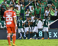 PALMIRA - COLOMBIA, 18-10-2018: Jugadores del Deportivo Cali celebran después de anotar un gol a América de Cali durante partido por la fecha 15 de la Liga Águila II 2017 jugado en el estadio Palmaseca de la ciudad de Palmira. / Players of Deportivo Cali celebrate after scoring a goal to America de Cali during match for the date 15 of the Aguila League II 2017 played at Palmaseca stadium in Palmira city.  Photo: VizzorImage/ Nelson Rios / Cont