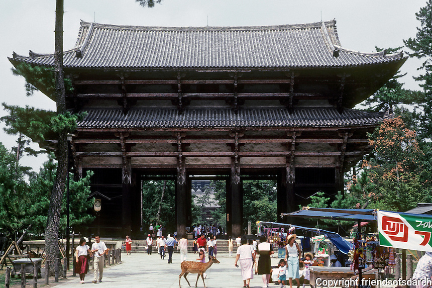 Nara: Great South Gate Todai Temple. Rebuilt during Kamakura period 1192-1333. Photo '81.