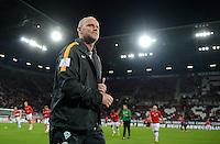 FUSSBALL   1. BUNDESLIGA  SAISON 2012/2013   7. Spieltag FC Augsburg - Werder Bremen          05.10.2012 Trainer Thomas Schaaf (SV Werder Bremen)