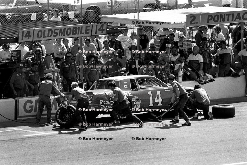 DAYTONA BEACH, FL - FEBRUARY 16: AJ Foyt makes a pit stop in his Oldsmobile during the Daytona 500 NASCAR Winston Cup race at the Daytona International Speedway in Daytona Beach, Florida, on February 16, 1986.
