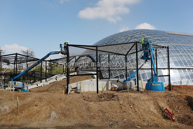 Chantier de renovation du Parc Zoologique de Paris (Zoo de Vincennes), Avril 2013. Atmospheric view of the renovation works of the Parc Zoologique de Paris (Zoo de Vincennes), April 2013. Picture by Manuel Cohen