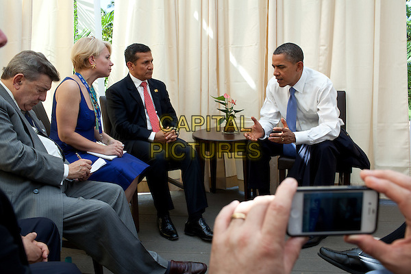 United States President Barack Obama meets with President Ollanta Humala of Peru during the APEC summit in Honolulu, Hawaii, Sunday, November 13, 2011. .CAP/ADM/CNP/PS.©Pete Souza/White House/CNP/ADM/CapitalPictures