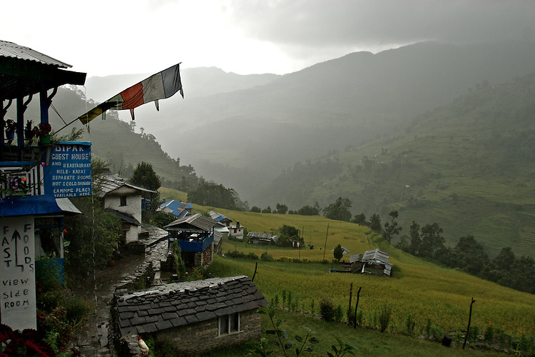 Town of HIlle, Nepal, Annapurna Circuit.  Altitude: 1.475 mts.