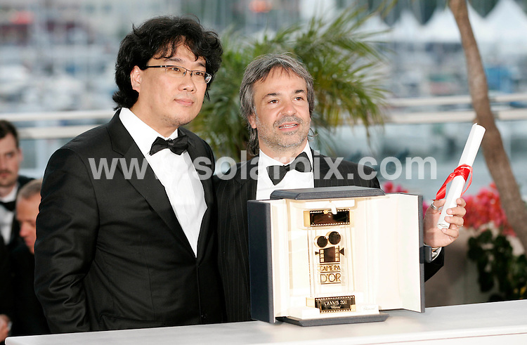 **ALL ROUND PICTURES FROM SOLARPIX.COM**                                             **UK AND SPAIN SYNDICATION RIGHTS ONLY**                                                                                  Caption: Golden Globe awards winner´s photocall at the  64th Cannes Film Festival in France.                                                                              This pic: Joon Ho Bong & Pablo Giogelli                                                                                             JOB REF:13418        CPR/Heinz       DATE:23.05.2011                                                          **MUST CREDIT SOLARPIX.COM OR DOUBLE FEE WILL BE CHARGED**                                                                      **MUST AGREE FEE BEFORE ONLINE USAGE**                               **CALL US ON: +34 952 811 768 or LOW RATE FROM UK 0844 617 7637**