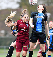 20200208 – BRUGGE, BELGIUM : Club Brugge's Celien Guns  pictured in a duel with Genk's Riete Loos and Club Brugge's Frieke Temmerman during a women soccer game between Dames Club Brugge and KRC Genk Ladies on the 15 th matchday of the Belgian Superleague season 2019-2020 , the Belgian women's football  top division , saturday 08 th February 2020 at the Jan Breydelstadium – terrain 4  in Brugge  , Belgium  .  PHOTO SPORTPIX.BE | DAVID CATRY