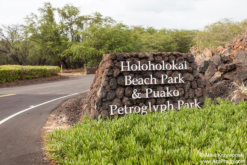 Holoholo Beach Park & Puako Petroglyph Park entrance sign, Kohala, Big Island, Hawaii