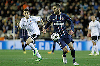 Valencia CF's Jonathan Viera (l) and Paris Saint-Germain's Jeremy Menez during Champions League 2012/2013 match.February 12,2013. (ALTERPHOTOS/Acero)