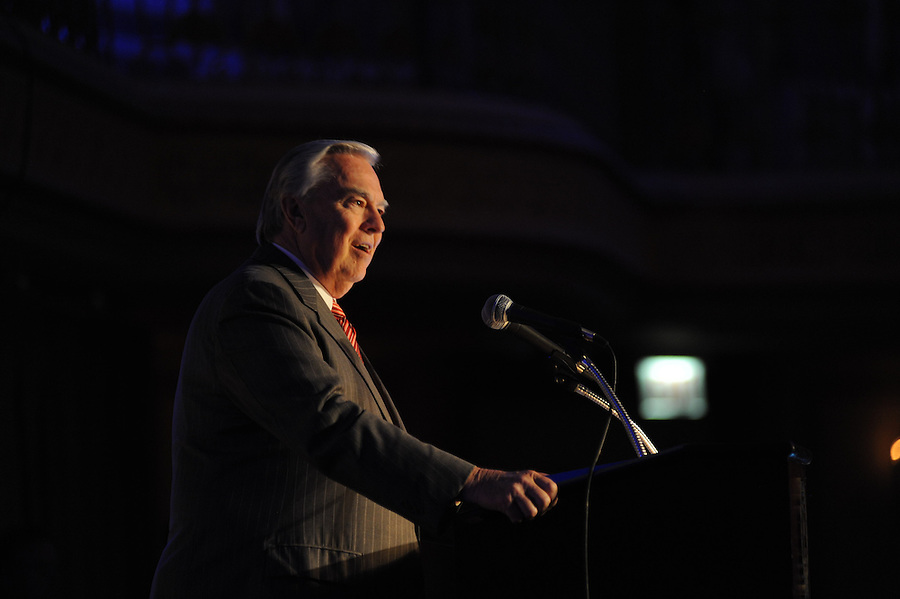 Broadcaster Bill Kurtis emceed Publicity Club of Chicago's Golden Trumpet Awards dinner. PCC recognized the region's excellent strategic communications work done in 2013 at the Golden Trumpet Awards dinner at the Palmer House in downtown Chicago on Wednesday, June 4, 2014 [Photo by George Pfoertner/The Kring Group]