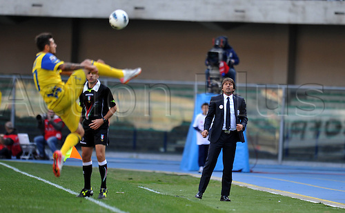 16 10 2011  Antonio Conte Juventus keeps the ball in play with an acrobatic move. Verona  Stadio Marcantonio Bentegodi Series A 2011 2012 Football Calcio Chievo Verona vs Juventus  . Mandatory Credit: Actionplus
