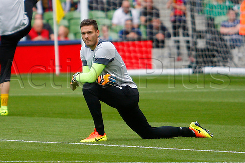 30.07.2016. Aviva Stadium, Dublin, Ireland. International Champions Cup Football. Barcelona versus Celtic. Celtic goalkeeper Craig Gordon during the warm up.