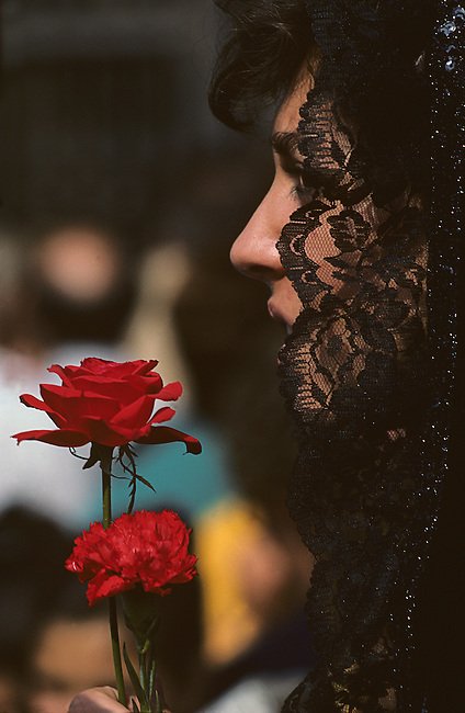 Woman & Rose, Pilar Festival, Zaragoza, Aragon, Spain