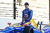 Verizon IndyCar Series<br /> Indianapolis 500 Qualifying<br /> Indianapolis Motor Speedway, Indianapolis, IN USA<br /> Monday 22 May 2017<br /> Alexander Rossi, Andretti Herta Autosport with Curb-Agajanian Honda poses for front row photos<br /> World Copyright: Phillip Abbott<br /> LAT Images<br /> ref: Digital Image abbott_indyQ_0517_21496