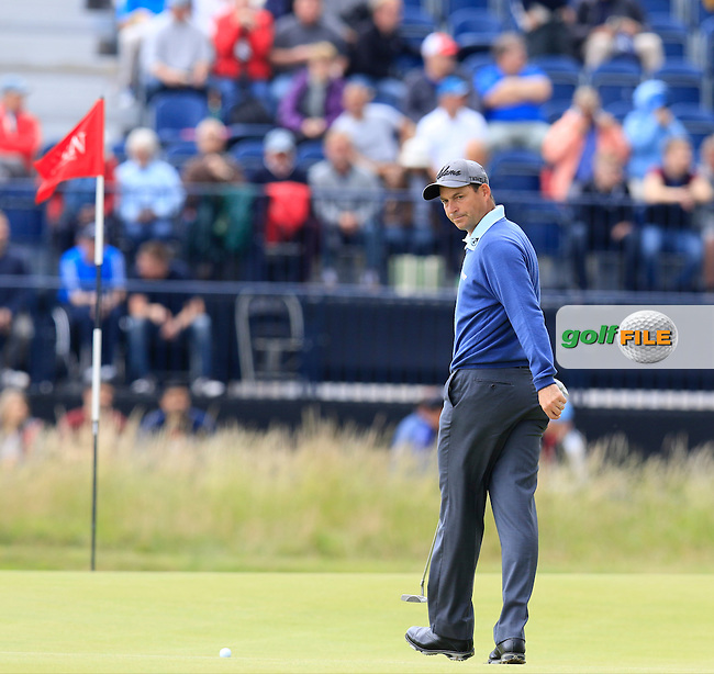David HOWELL (ENG) on the 2nd green during Sunday's Round  of the 144th Open Championship, St Andrews Old Course, St Andrews, Fife, Scotland. 19/07/2015.<br /> Picture Eoin Clarke, www.golffile.ie