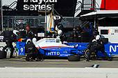 Verizon IndyCar Series<br /> Iowa Corn 300<br /> Iowa Speedway, Newton, IA USA<br /> Sunday 9 July 2017<br /> Scott Dixon, Chip Ganassi Racing Teams Honda makes a pit stop.<br /> World Copyright: F. Peirce Williams<br /> LAT Images