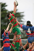 D. Cassidy takes clean lineout ball. Counties Manukau Premier Club Rugby, Ardmore Marist vs Waiuku played at Bruce Pulman Park, Papakura on the 29th of April 2006. Ardmore Marist won 10 - 9.
