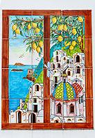 Italien, Kampanien, Sorrentinische Halbinsel, Amalfikueste, Positano: Gemaelde auf Fliesen | Italy, Campania, Sorrento Peninsula, Amalfi Coast, Positano: painting on tiles