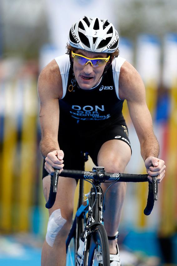 Photo: Richard Lane/Richard Lane Photography. GE Parc Bryn Bach Triathlon. 19/09/2010. Tim Don cycles during the Elite Mens' race.