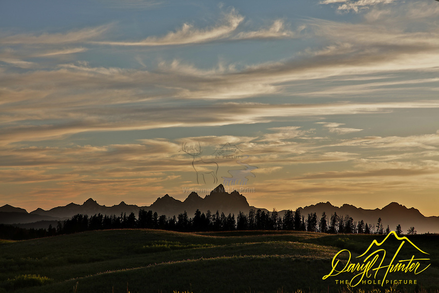Sunset, Grand Tetons, backlight hills, Togwotee Pass, Moran, Wyoming
