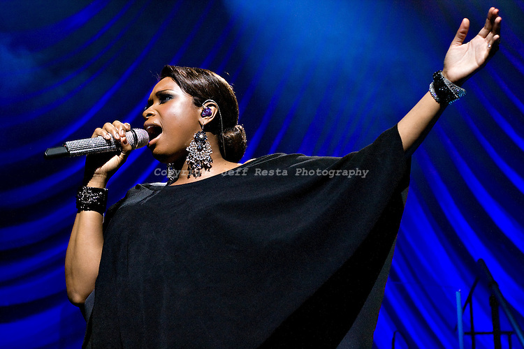 Jennifer Hudson live concert at Nokia Theatre on May 21, 2009 in Grand Prairie, TX.
