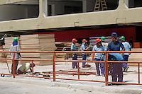 RIO DE JANEIRO, RJ, 08 FEVEREIRO DE 2012 - OSCAR NIEMEYER VISITA MARQUES DE SAPUCAI -  O prefeito do Rio de Janeiro, Eduardo Paes acompanha Oscar Niemeyer em visita a Marques de Sapucai, na tarde desta quarta-feira, 08, cujas obras serão concluídas ate domingo.  O espaço tera finalmente o traçado original projetado pelo arquiteto ha quase 30 anos, equilibrando os dois lados da Sapucai como se fosse um espelho. A nova Avenida do Samba terá 12.500 lugares a mais para o publico, chegando a 72,5 mil lugares. O Sambodromo sera o primeiro local de prova dos Jogos Olímpicos de 2016 a ser entregue, com mais de quatro anos de antecedência. Ali serão realizadas as provas de tiro com arco e chegada da maratona. (FOTO: GUTO MAIA - NEWS FREE).
