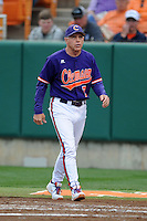 Clemson Tigers head coach Jack Leggett #7 during a game against the Florida State Seminoles at Doug Kingsmore Stadium on March 22, 2014 in Clemson, South Carolina. The Seminoles defeated the Tigers 4-3. (Tony Farlow/Four Seam Images)