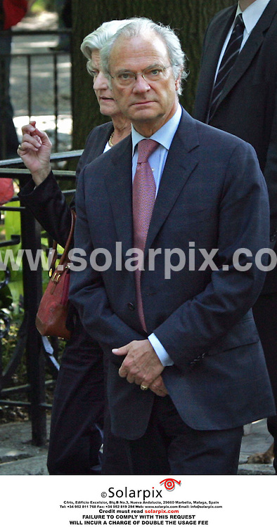 ALL ROUND PICTURES FROM SOLARPIX.COM.*MUST CREDIT SOLARPIX.COM OR DOUBLE FEE WILL BE CHARGED*.The Swedish Royals visit Central park in New York yesterday with the princess Madeleine with her new boyfriend Jonas Bergstrom they had lunch with the king Carl Gustaf and Queen Silvia at the famous Boat house on the lake of Central Park..This pic:KING GUSTAF OF SWEDEN.DATE:19.05.06-DNA