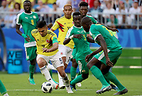 SAMARA - RUSIA, 28-06-2018: Idrissa Gana GUEYE (C) y Kalidou KOULIBALY (Der) jugadores de Senegal disputan el balón con Radamel FALCAO (Izq) jugador de Colombia durante partido de la primera fase, Grupo H, por la Copa Mundial de la FIFA Rusia 2018 jugado en el estadio Samara Arena en Samara, Rusia. / Idrissa Gana GUEYE (C) and Kalidou KOULIBALY (R) players of Senegal fight the ball with Radamel FALCAO (L) player of Colombia during match of the first phase, Group H, for the FIFA World Cup Russia 2018 played at Samara Arena stadium in Samara, Russia. Photo: VizzorImage / Julian Medina / Cont