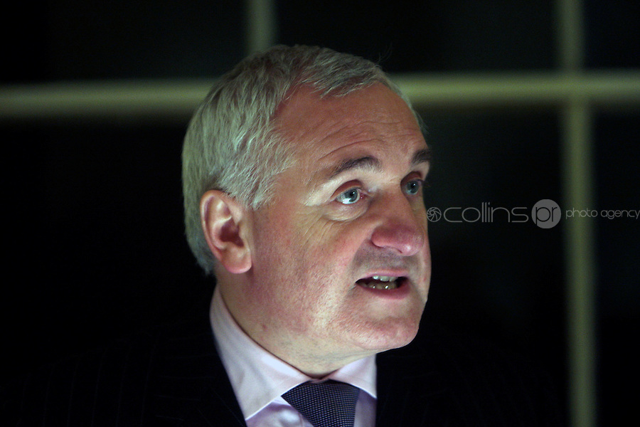 21/2/08 Taoiseach Bertie Ahern at the book launch of Crossing the Border at St Stephen's Green, Dublin. Picture:Arthur Carron/Collins