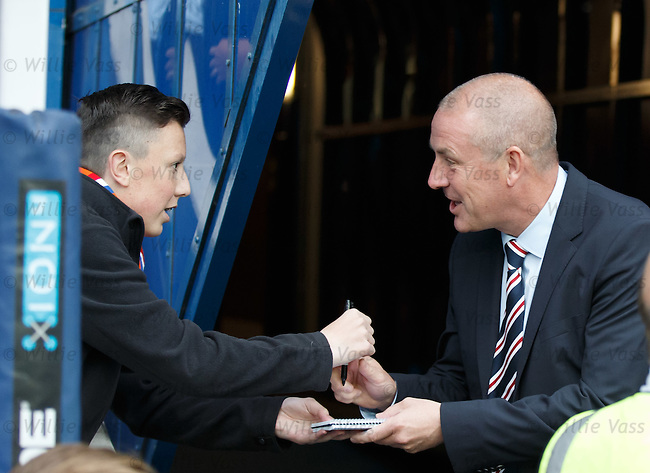 Rangers manager Mark Warburton takes time to meet the fans